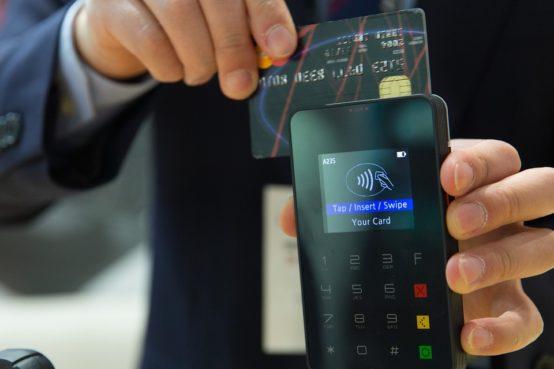 Wady i zalety karty kredytowej